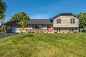 8691 Mary Jane Circle Chanhassen, Mn 55317