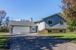 1555 Three Oaks Avenue Maple Plain, Mn 55359