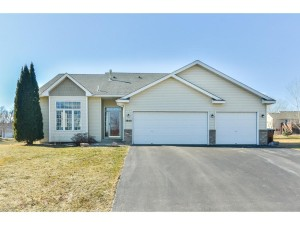 3840 Fox Trail Saint Bonifacius, Mn 55375