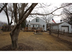 8 North Road Circle Pines, Mn 55014
