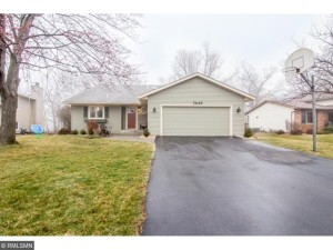 7446 N Upper 24th Street Oakdale, Mn 55128