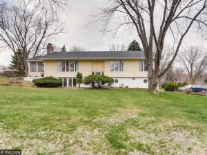 17640 24th Avenue N Plymouth, Mn 55447