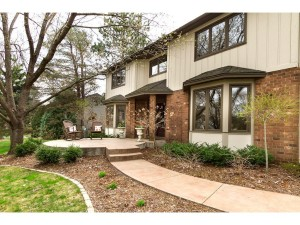 11291 Burr Ridge Lane Eden Prairie, Mn 55347