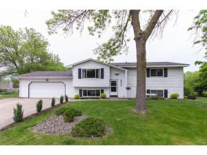 4637 Carolyn Lane White Bear Lake, Mn 55110