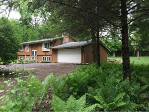 25725 Valleywood Lane Shorewood, Mn 55331