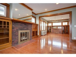 1907 Larpenteur Avenue W Falcon Heights, Mn 55113