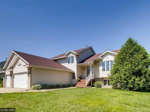 17555 Gage Avenue Lakeville, Mn 55024