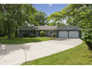 6830 Kingston Circle N Golden Valley, Mn 55427