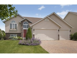 144 Pottok Lane Shakopee, Mn 55379