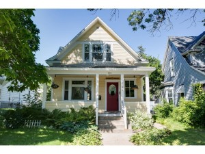 661 Manomin Avenue Saint Paul, Mn 55107