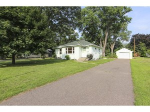 4906 Zenith Avenue N Brooklyn Center, Mn 55429