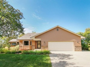 9823 Norwood Lane N Maple Grove, Mn 55369