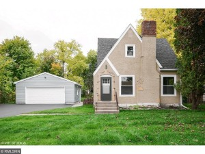 2437 Stewart Avenue Saint Paul, Mn 55116
