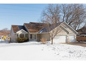 931 Windrow Drive Little Canada, Mn 55109