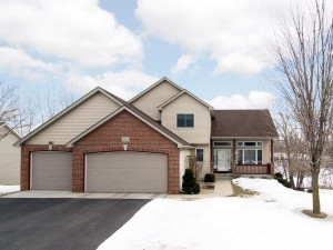 4553 Hummingbird Trail Ne Prior Lake, Mn 55372