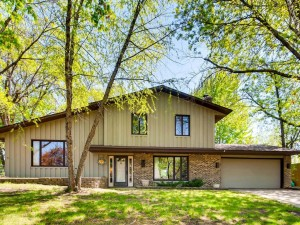 13904 Exley Way Apple Valley, Mn 55124