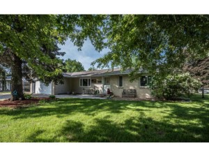 950 Hopewell Lane Apple Valley, Mn 55124