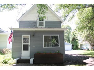 328 Wyoming Street E Saint Paul, Mn 55107