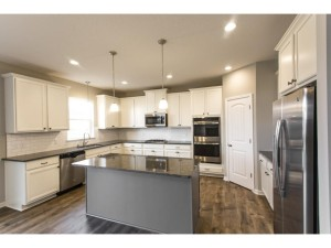 18923 Ibarra Trail Lakeville, Mn 55044