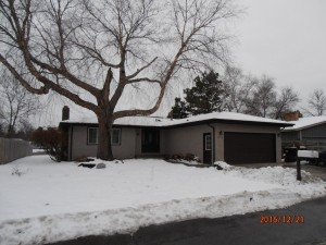 8208 Douglas Lane N Brooklyn Park, Mn 55445