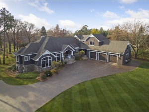915 Pleasant View Road Chanhassen, Mn 55317