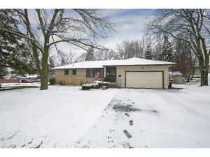 3703 Georgia Avenue N Crystal, Mn 55427
