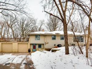 1204 Circle High Drive Burnsville, Mn 55306