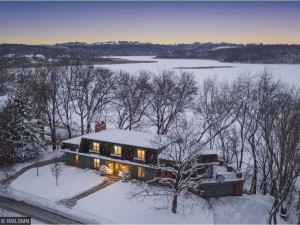 3201 Dartmouth Drive Chanhassen, Mn 55331