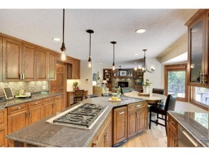 5500 River Bluff Curve Bloomington, Mn 55437