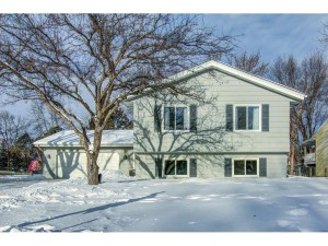 4329 Bramblewood Avenue Vadnais Heights, Mn 55127