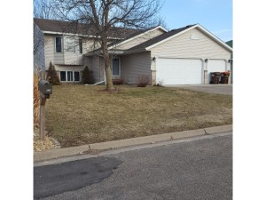 3675 James Court Hastings, Mn 55033