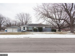 113 W 104th Street Bloomington, Mn 55420