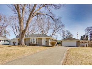 9813 10th Avenue S Bloomington, Mn 55420