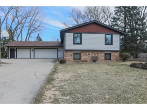 14672 Denmark Court Apple Valley, Mn 55124
