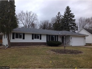 1933 5th Street Nw New Brighton, Mn 55112