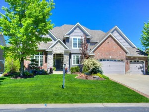 923 Wild Rose Court Eagan, Mn 55123