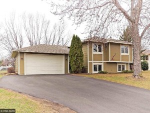 16107 Dodd Lane Lakeville, Mn 55068