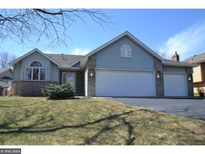 13716 Sunset Lake Circle Burnsville, Mn 55337