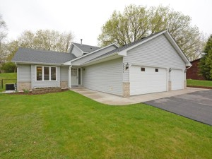3311 Donald Avenue Eagan, Mn 55121