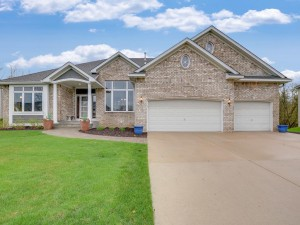 9209 Tewsbury Gate Maple Grove, Mn 55311