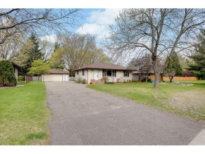 5085 Greenwood Drive Mounds View, Mn 55112