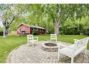 2409 W 139th Street Burnsville, Mn 55337