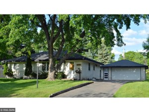6326 Regent Avenue N Brooklyn Center, Mn 55429