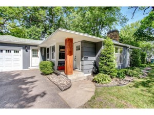 3337 Kyle Avenue N Golden Valley, Mn 55422