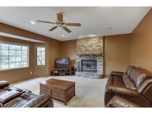 20780 Junco Court Lakeville, Mn 55044