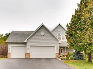 12490 Eland Court Apple Valley, Mn 55124