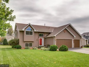 17444 Grove Avenue Lakeville, Mn 55044