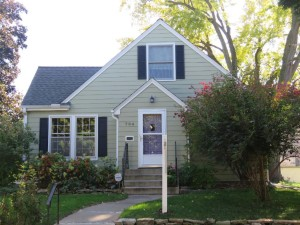 794 Cottage Avenue E Saint Paul, Mn 55106