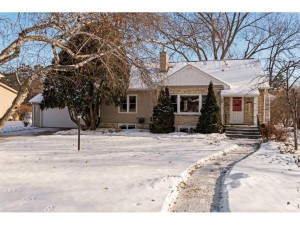 1734 Saint Marys Street Falcon Heights, Mn 55113