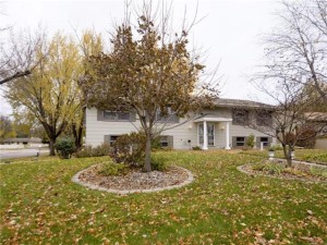 10211 Johnson Circle Bloomington, Mn 55437